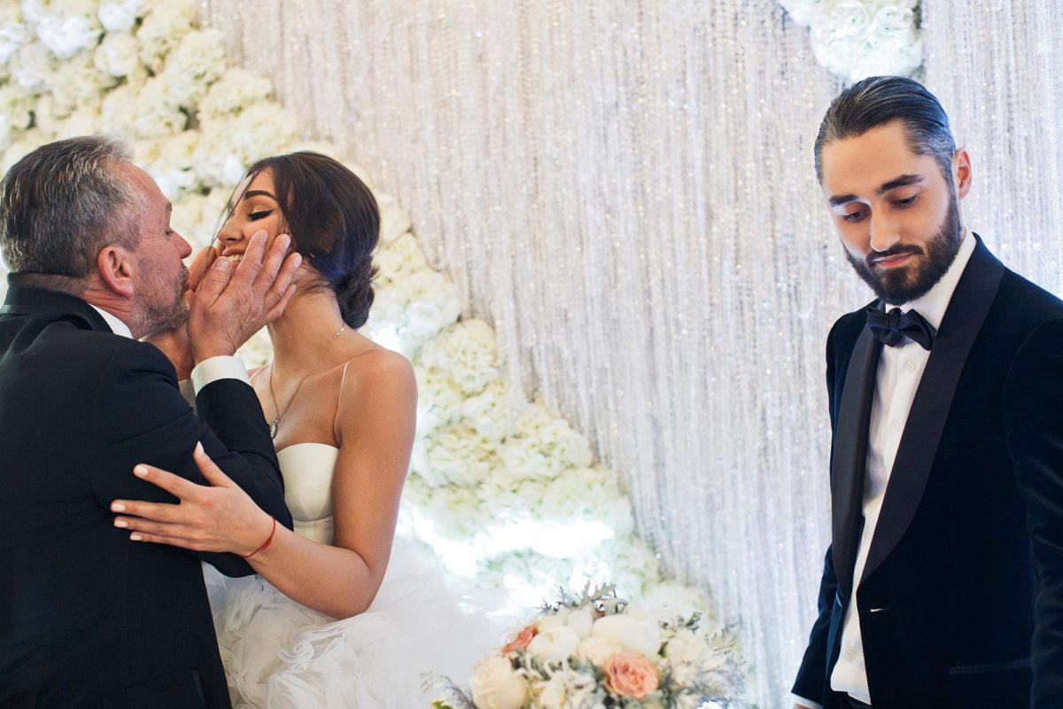 свадьба певца мота платье невесты фото мосты